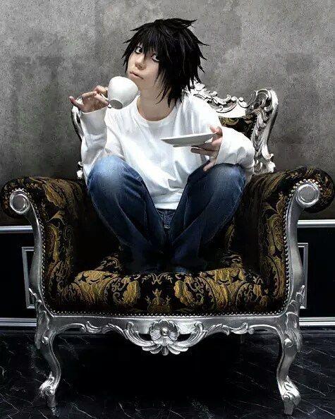 Anime: Death Note  Personagem: Lawliet (L) #cosplay #animecosplay #deathnote #deathnotecosplay #lawliet #lawlietcosplay #l #lcosplay #fbi #interpol