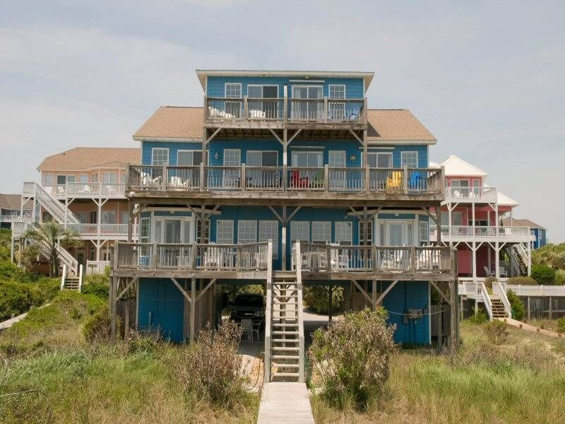 Beach Bingo West. A gorgeous 3 BR, 3B duplex with 6 flat screen cable TV's, covered and open decks, and swimming pools near by. 9929 Louise Howard Ct.
