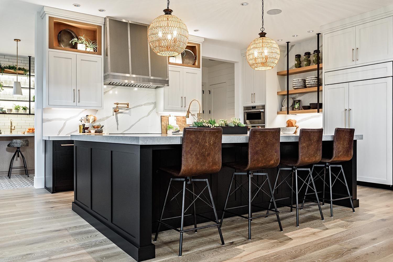 Farmhouse Style House In Oregon Has Absolutely Delightful Design Ideas In 2020 Farmhouse Style House Kitchen Decor Farmhouse Style