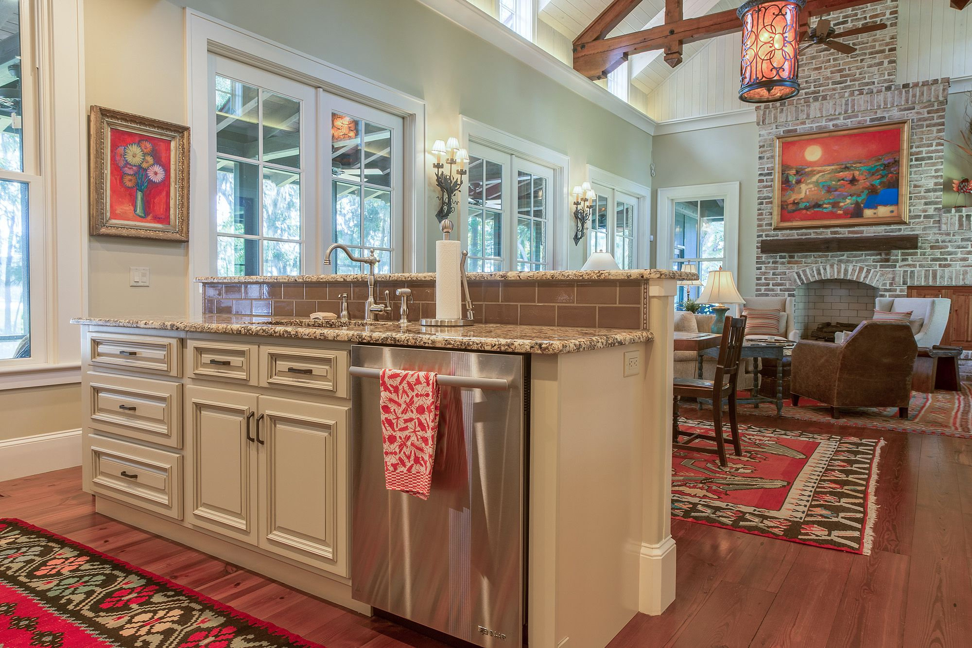 Antique White Kitchen - Open Concept Floorplan - Southern Style