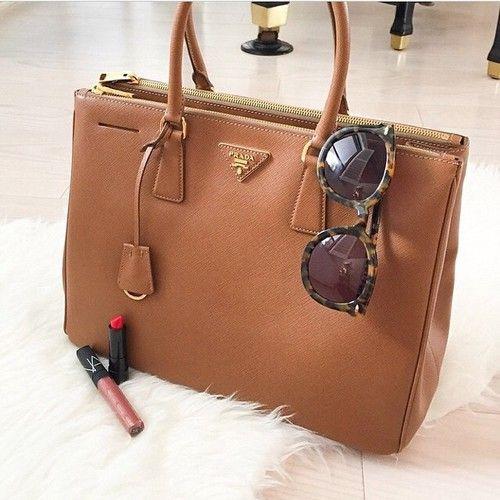 Imagem de bag, Prada, and fashion