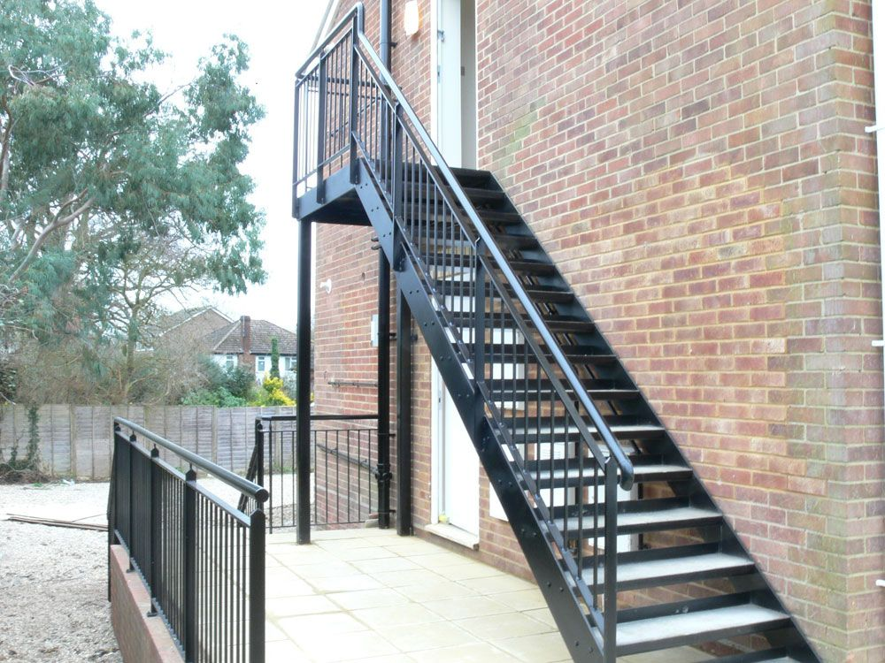 Best Steel Stairs With A Powder Coated Finish Chequer Plate 400 x 300