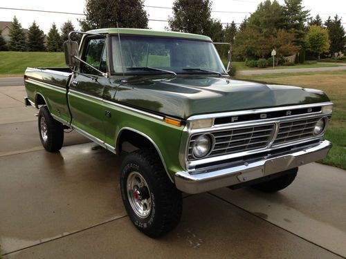 1975 Ford Truck Color 1975 Ford F250 4x4 Ford Trucks Ford Pickup Trucks Classic Ford Trucks