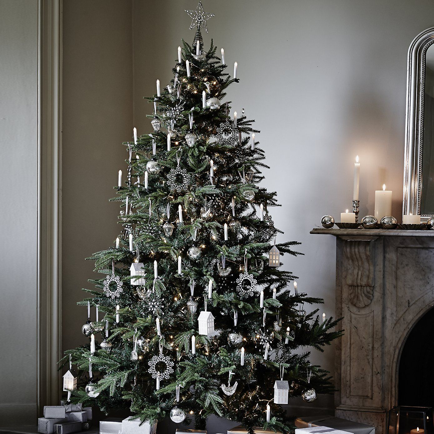 White christmas decorations for a tree - How To Decorate Your Christmas Tree Christmas Interiors Decorating Ideas Red Online