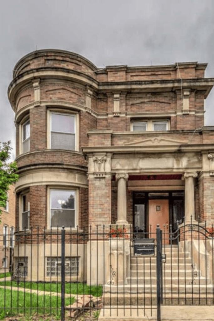 1903 Historic Mansion In Chicago Illinois Captivating Houses Mansions Historic Mansion Mansions For Sale