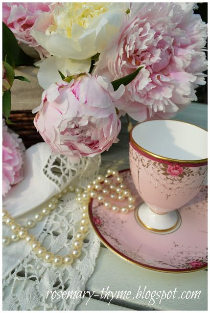 Rosemary and Thyme: Peonies ~ The Queen Of The Garden