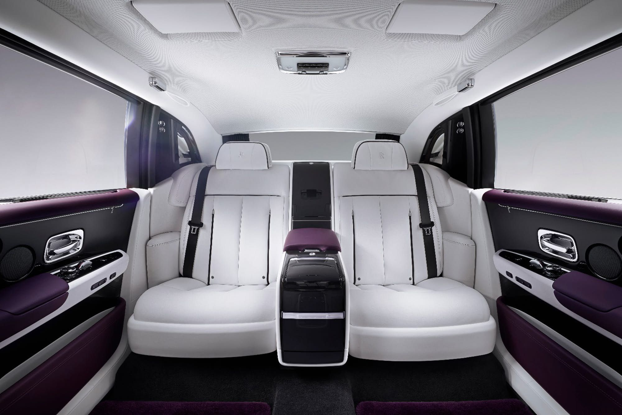 Up close and personal with the stunning new Rolls Royce Phantom