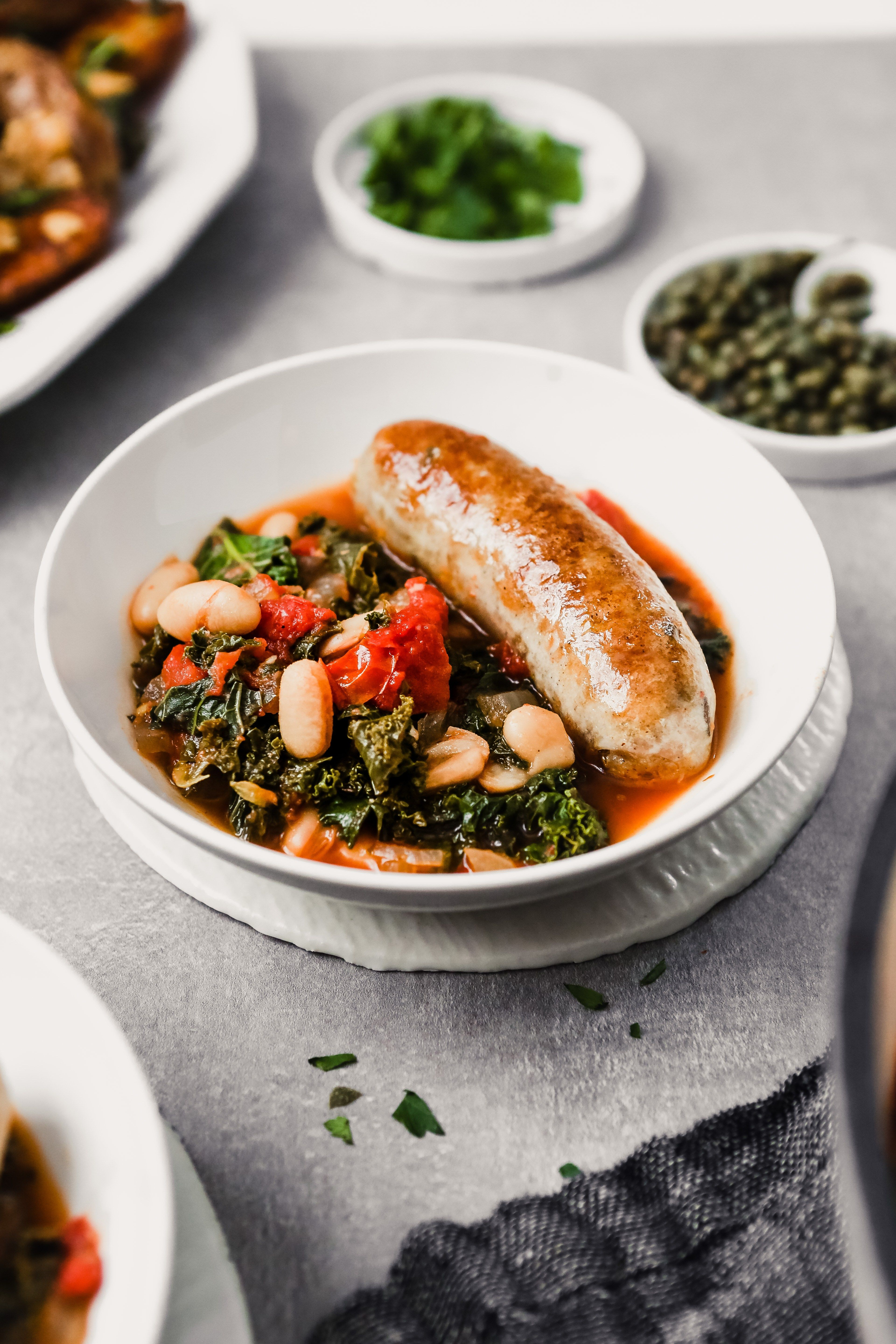 Tuscan Chicken Sausages With Kale White Beans Recipe Chicken Sausage Recipes Italian Chicken Sausage Night Dinner Recipes