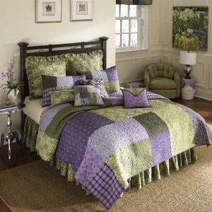 Love This Patchwork Bedroom Green Home Decor Purple Bedrooms
