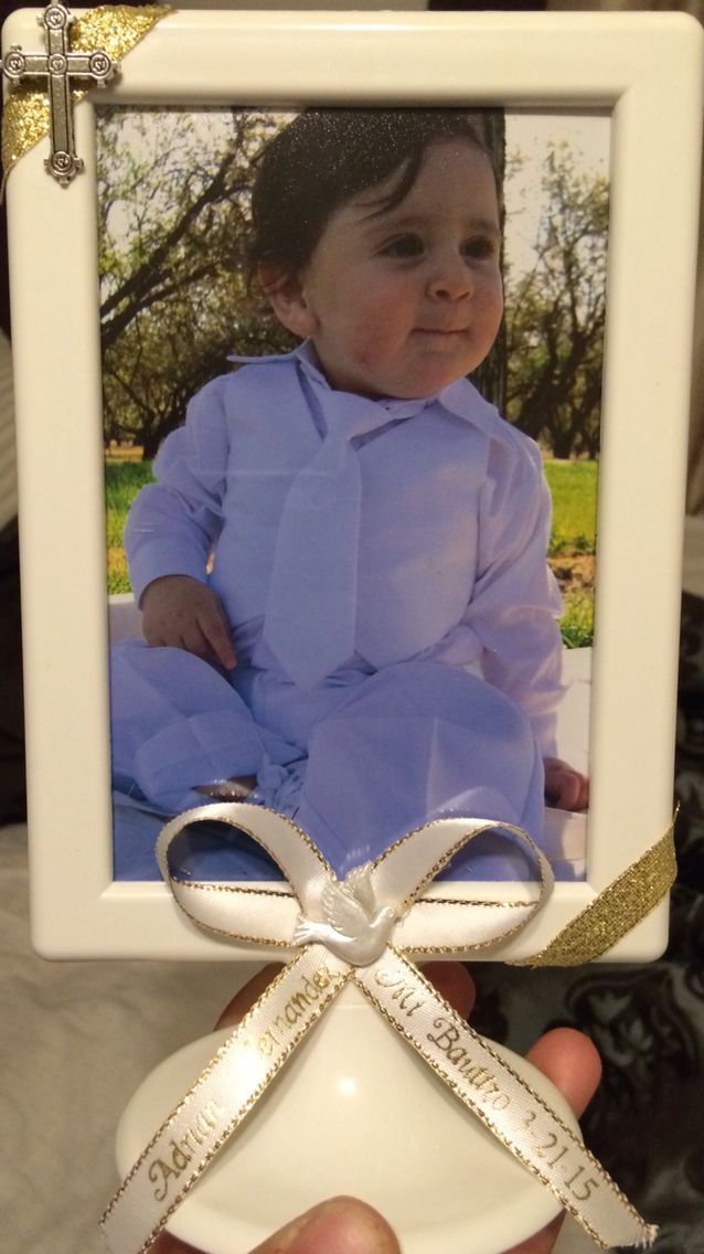 Baptism picture frame party favors. IKEA Tolsby frame. | bautizo y ...