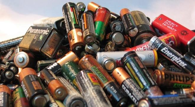 Pilas Pilas Y Baterias Reciclar Pilas Desechos