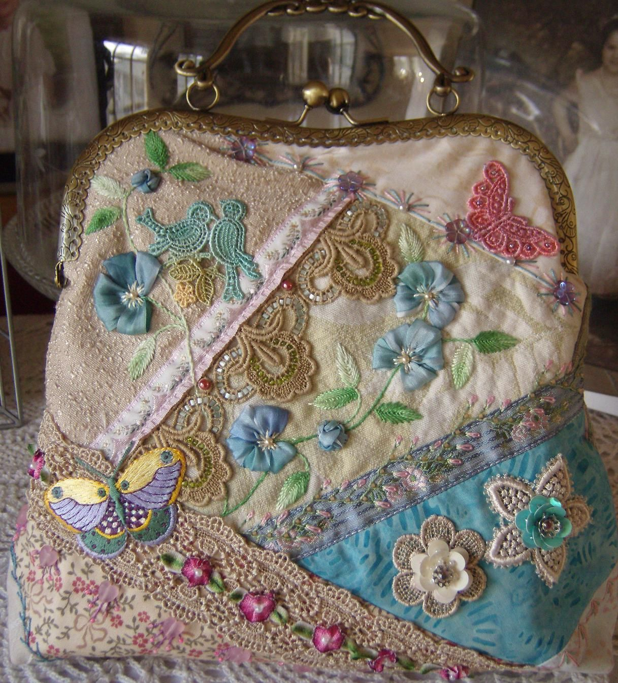 Shawkl: CQ Purse - Crazy Quilt & Embroidery Designs by Kathy Shaw