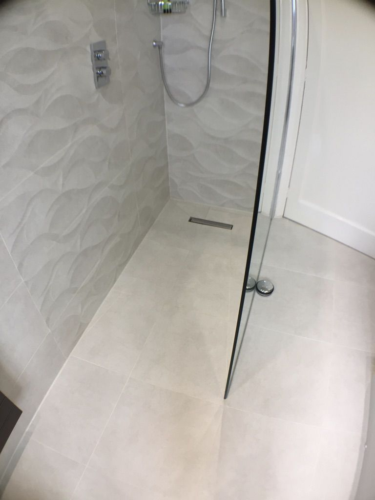 Wet Rooms Negate The Need For A Shower Tray And Essentially There Is Just Drainage Grate In Tiled Or Vinyl Floor