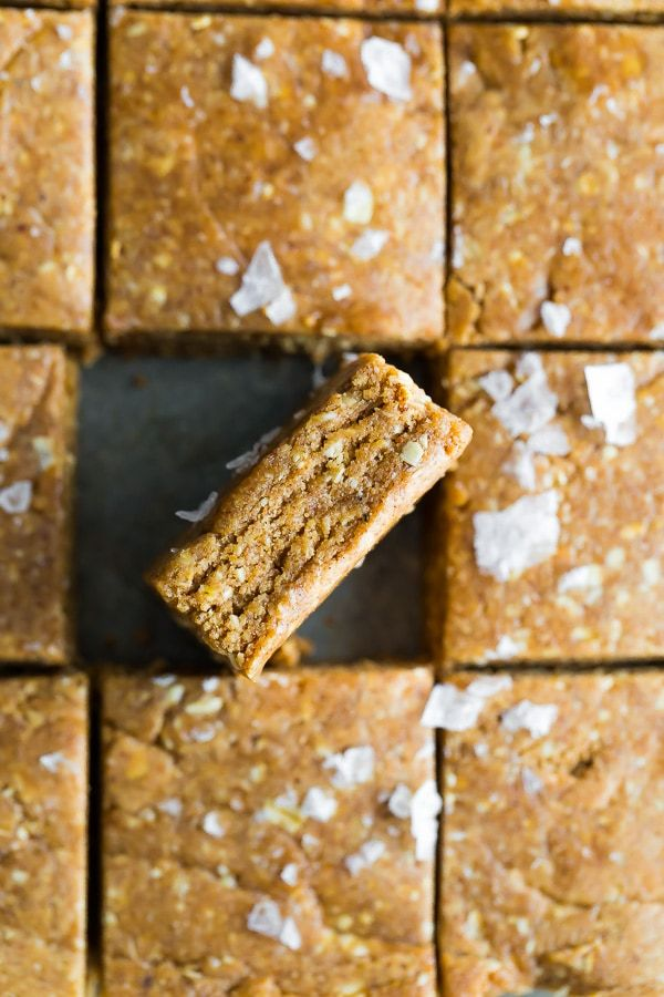 Easy homemade protein bars that taste just like a cinnamon roll! Save yourself money by making your...