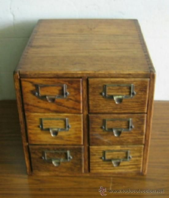 Fichero de cajones de roble con tiradores de metal lat n - Cajones de madera antiguos ...