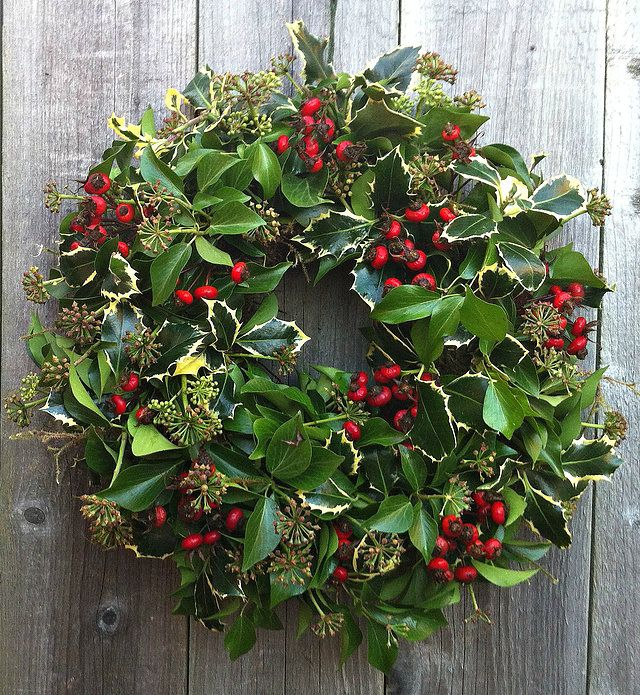 dorset british wild outdoor wreaths table decorations wedding flowers wholesale christmas wreaths for sale - Wholesale Country Christmas Decor