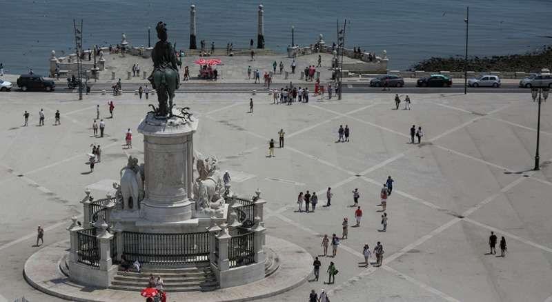 Estatísticas apontam 2015 como mais um ano recorde no Turismo Português!!