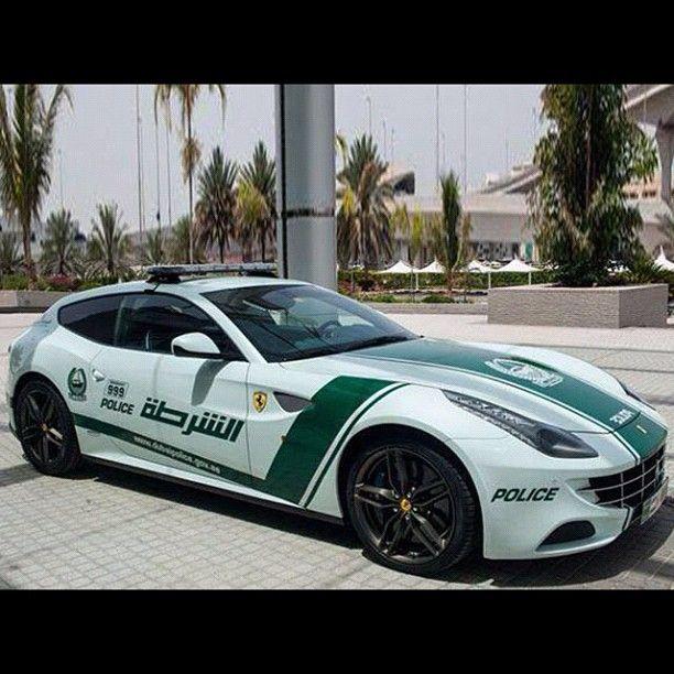 Dubai Police! Speed if you dare! - Ferrari FF