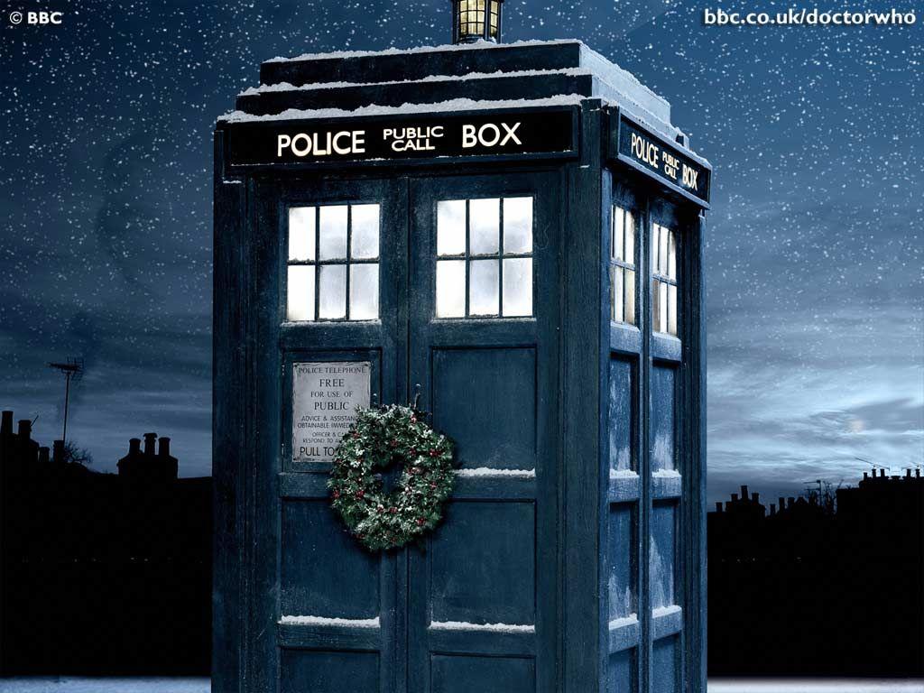 doctor who christmas wallpaper bbc doctor who tardis desktop rh pinterest cl
