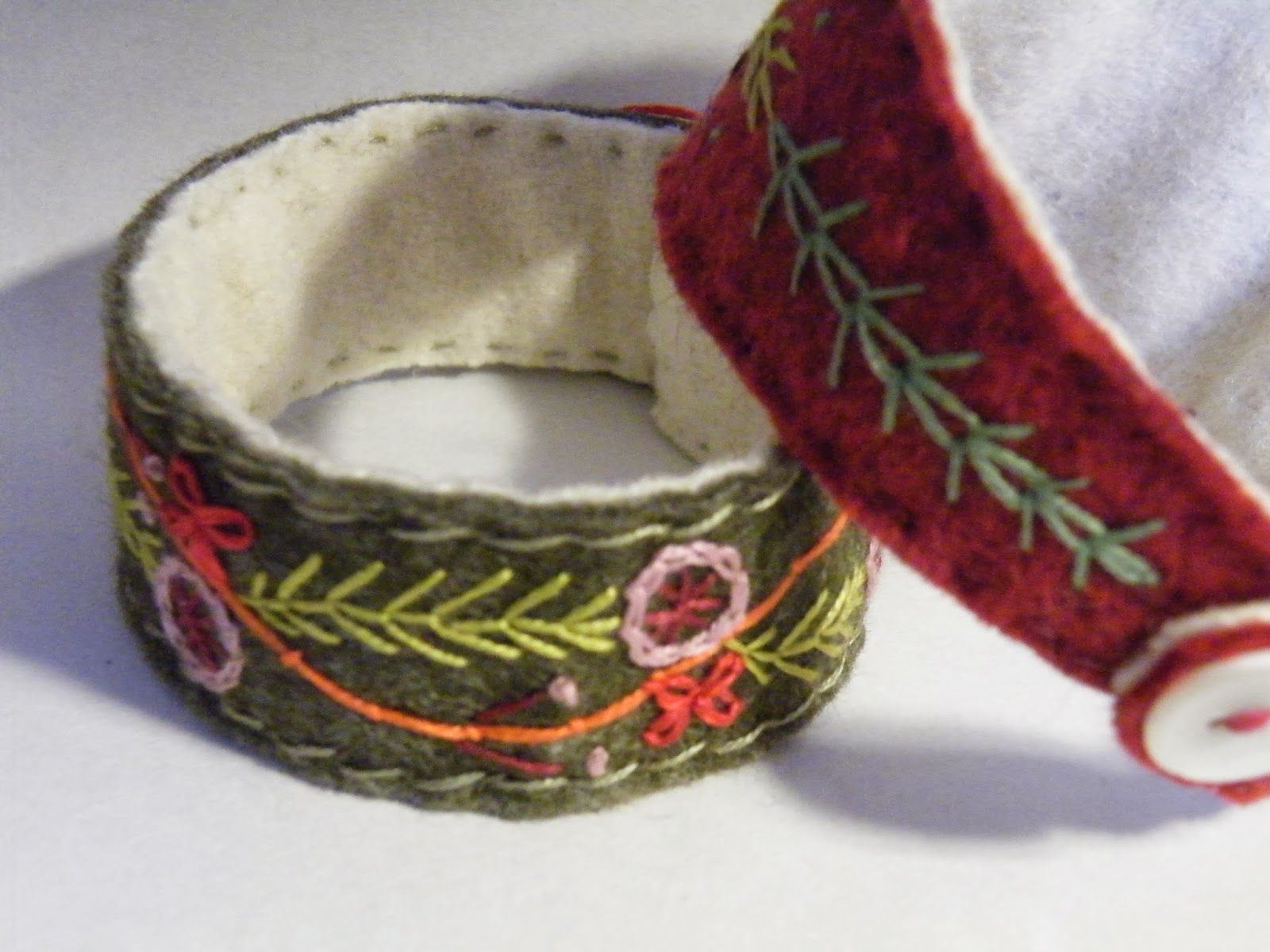 embroidered bracelet | by Erratic Needle embroidered bracelet | by Erratic  Needle