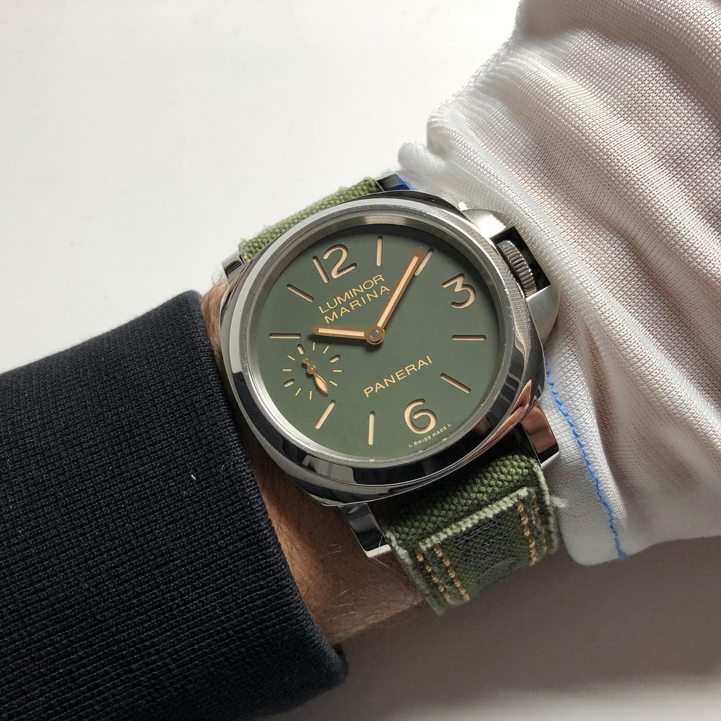 Check Out This Cool Strap For This Pam911 Made By Combat Straps Panerai Paneristi Military Militarylife Green Watchp In 2020 Beautiful Watches Watches Wrist