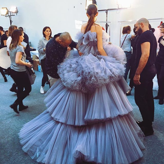My Goodness  this is amazing ❤️❤️ @giambattistapr #couture