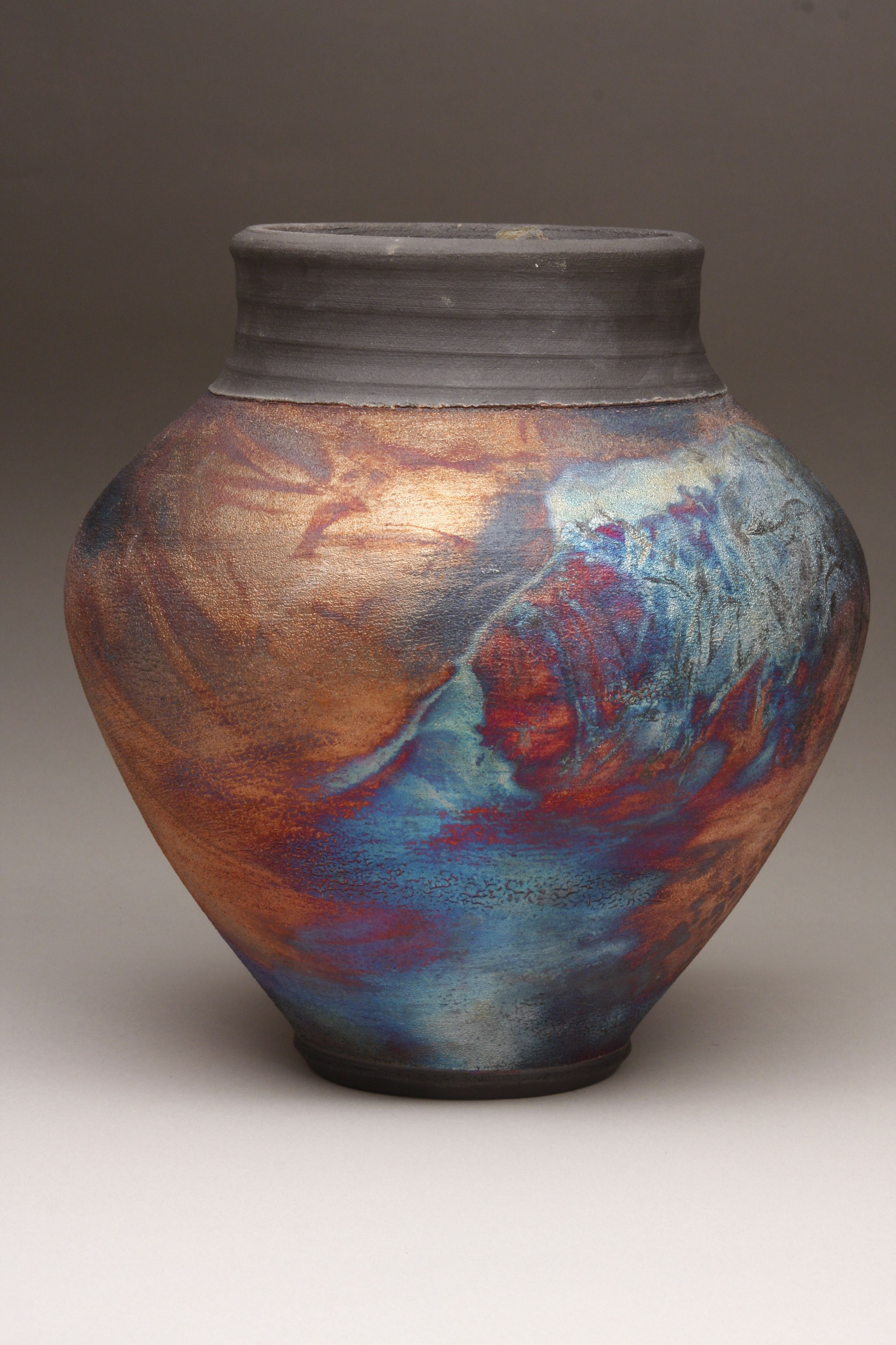 Keri Fisher keeps her contemporary pottery shapes round