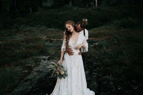 myvintageweddingring:  Follow for more wedding inspiration #wedding #fashion #love #happy #beautiful #hochzeitskleiderhäkeln myvintageweddingring:  Follow for more wedding inspiration #wedding #fashion #love #happy #beautiful #hochzeitskleiderhäkeln
