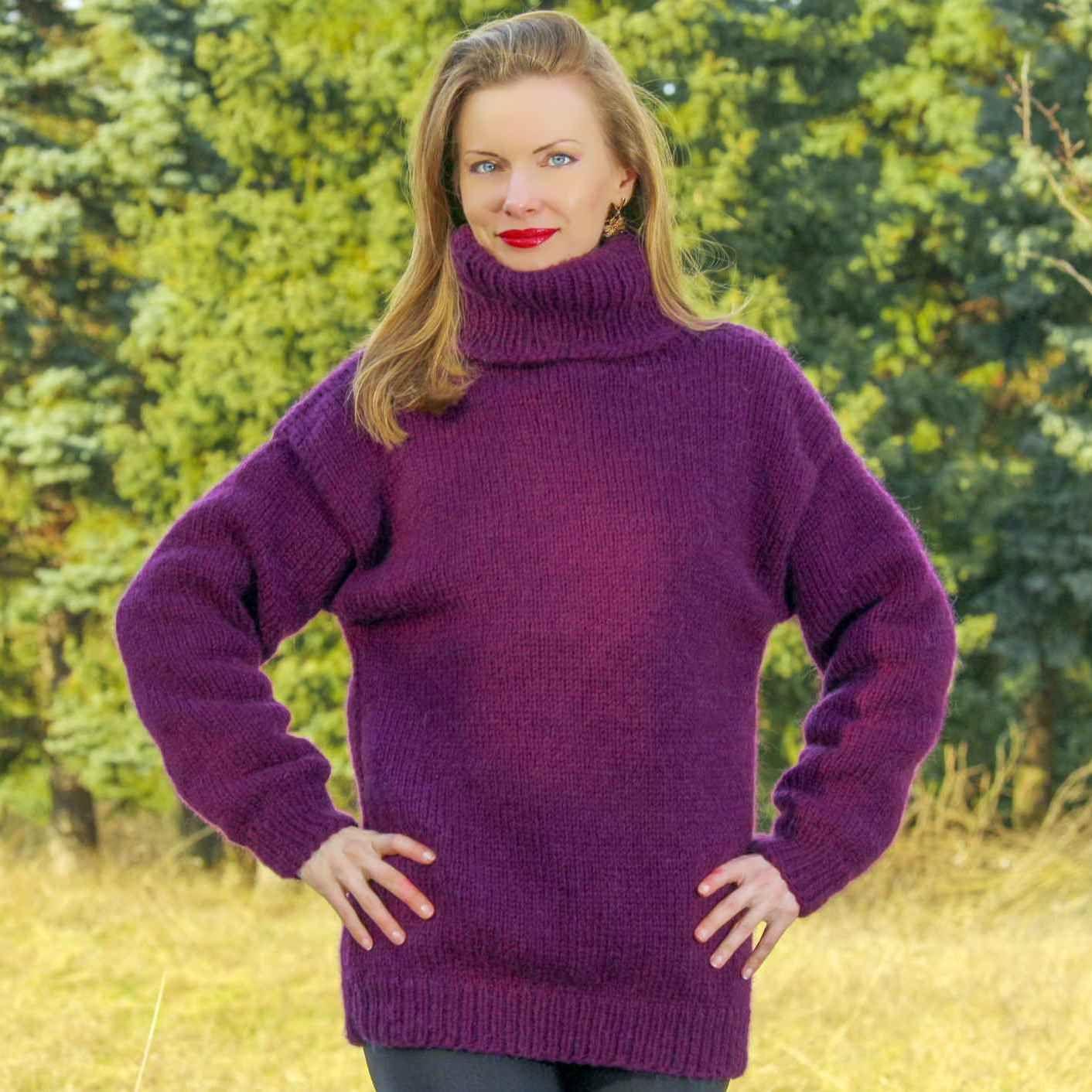 Eddie Bauer Purple Cable Knit Sweater size M Womens Cotton Blend V-Neck Soft #EddieBauer #VNeck