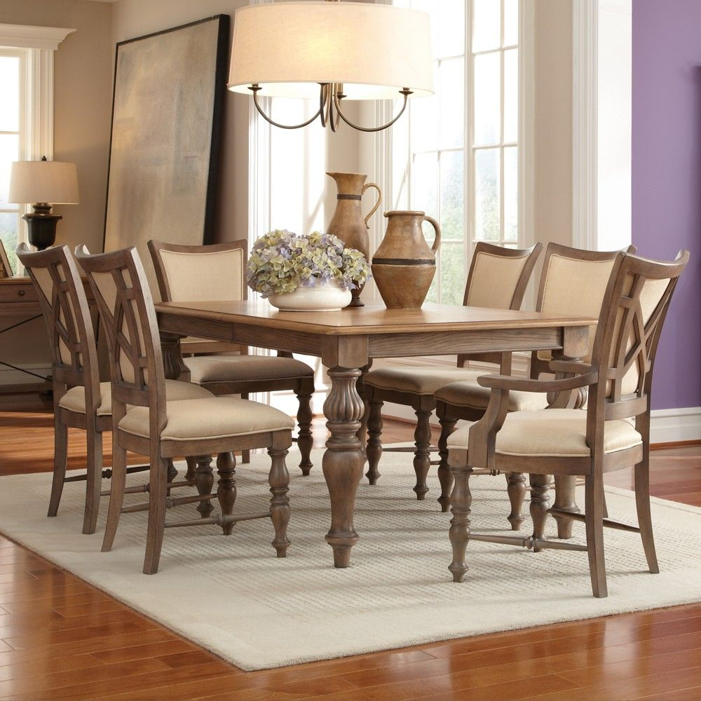 Windhaven Wood Legged Dining Table and Chairs in Shenandoah