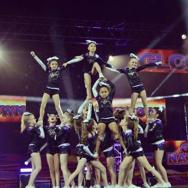 Allstars Cheerleading Cheerleaders Sport Evc Fury Youth Level 2 Competative Cheer Stunts Cheer Picture Poses Cheerleading Cheers