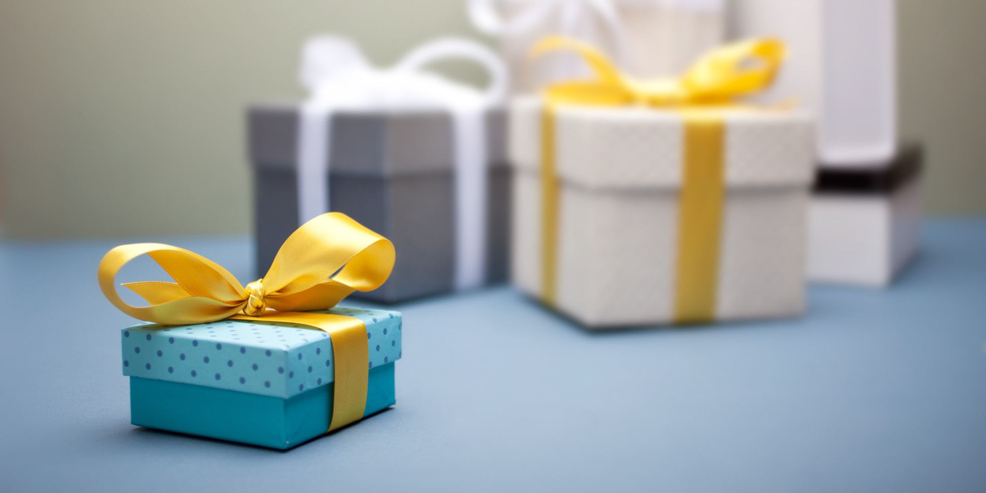 What Kind Of Wedding Gifts Should You Expect If Youre In The