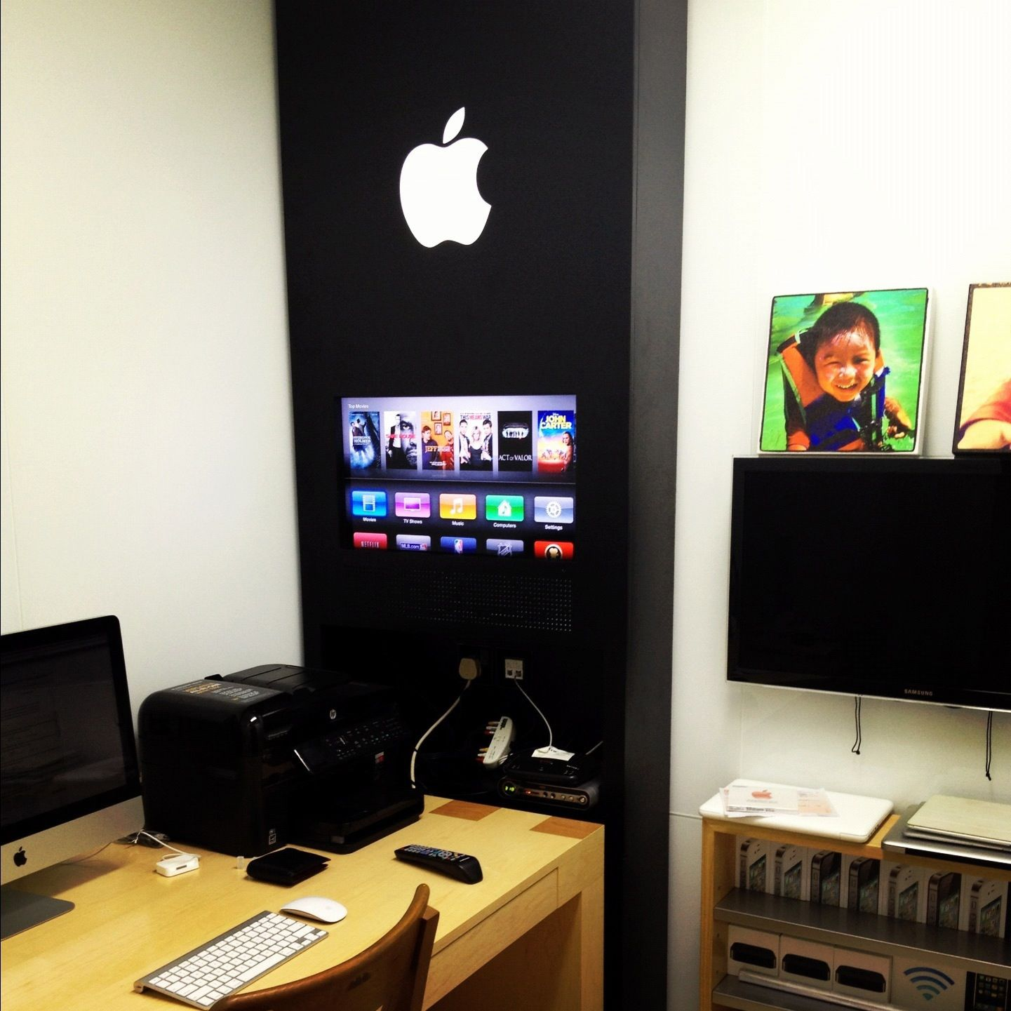 An Insane Apple Store Inspired Home Office Design | Office designs ...