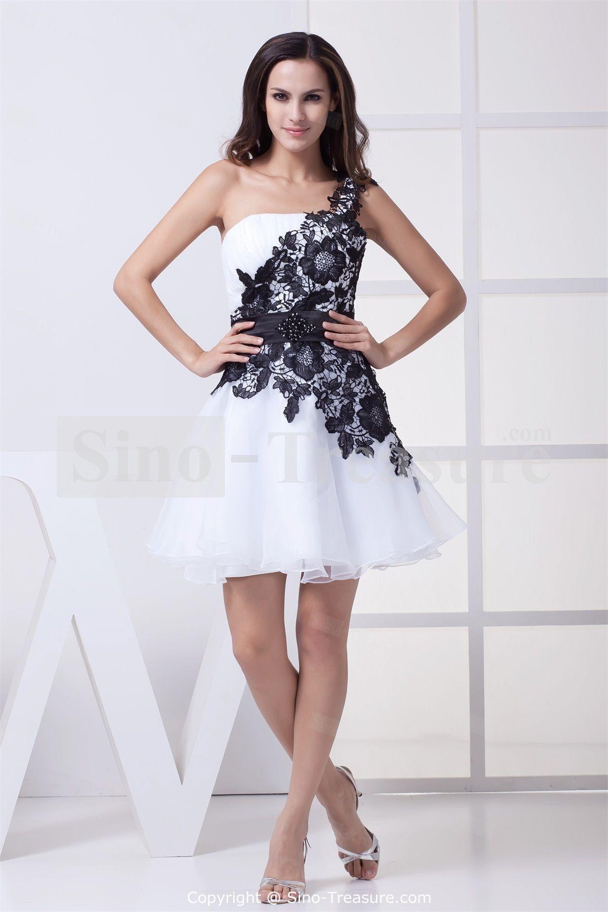 1000  images about short wedding dresses on Pinterest - Cap sleeve ...