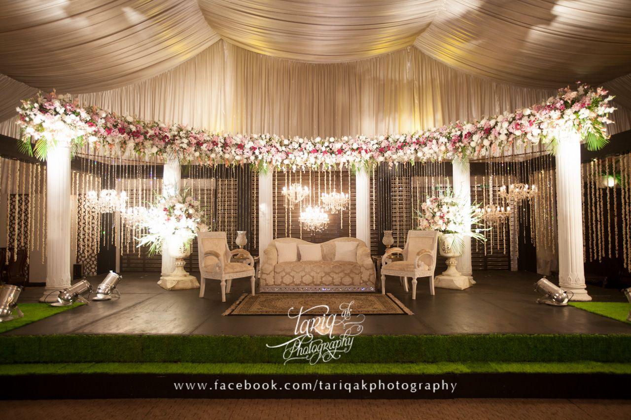 Asian wedding stage i do pinterest wedding stage stage and asian wedding stage stage decorationswedding themeswedding junglespirit Gallery