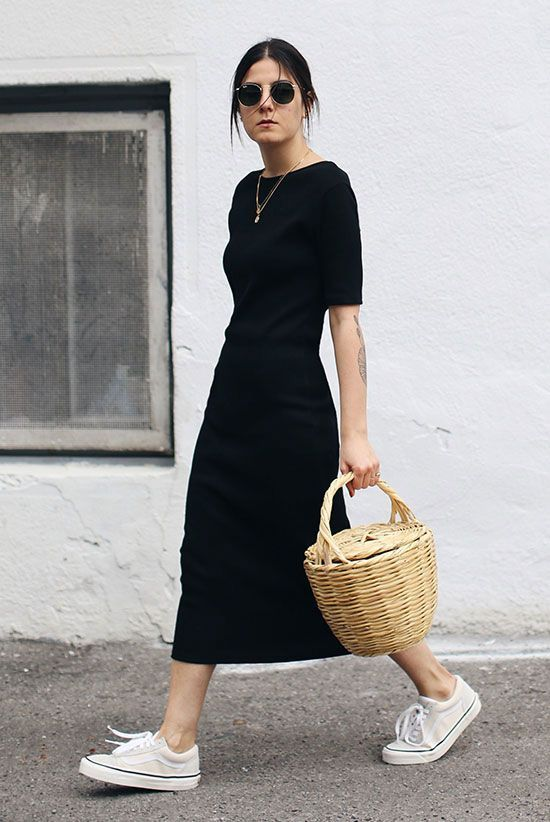 Photo of 20 Simple Summer Outfits For The Minimal Girl
