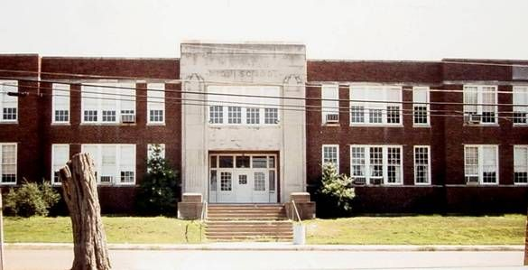 Hickman High School High School Pictures House Styles High School
