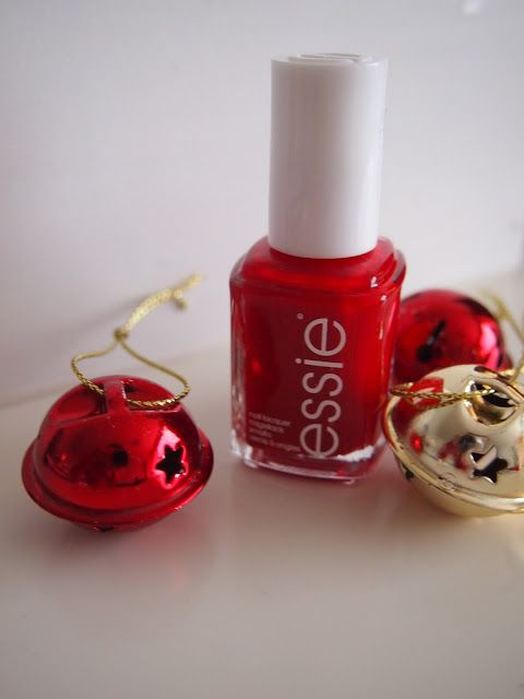 Red nail polish from Essie, perfect color for Christmas