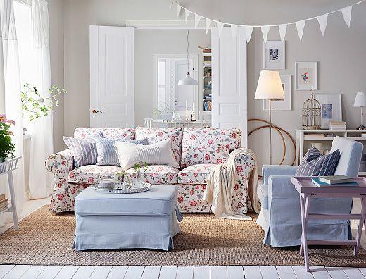 Tavolino Poggiapiedi ~ Soggiorno con divano a 3 posti con fodera con motivo floreale
