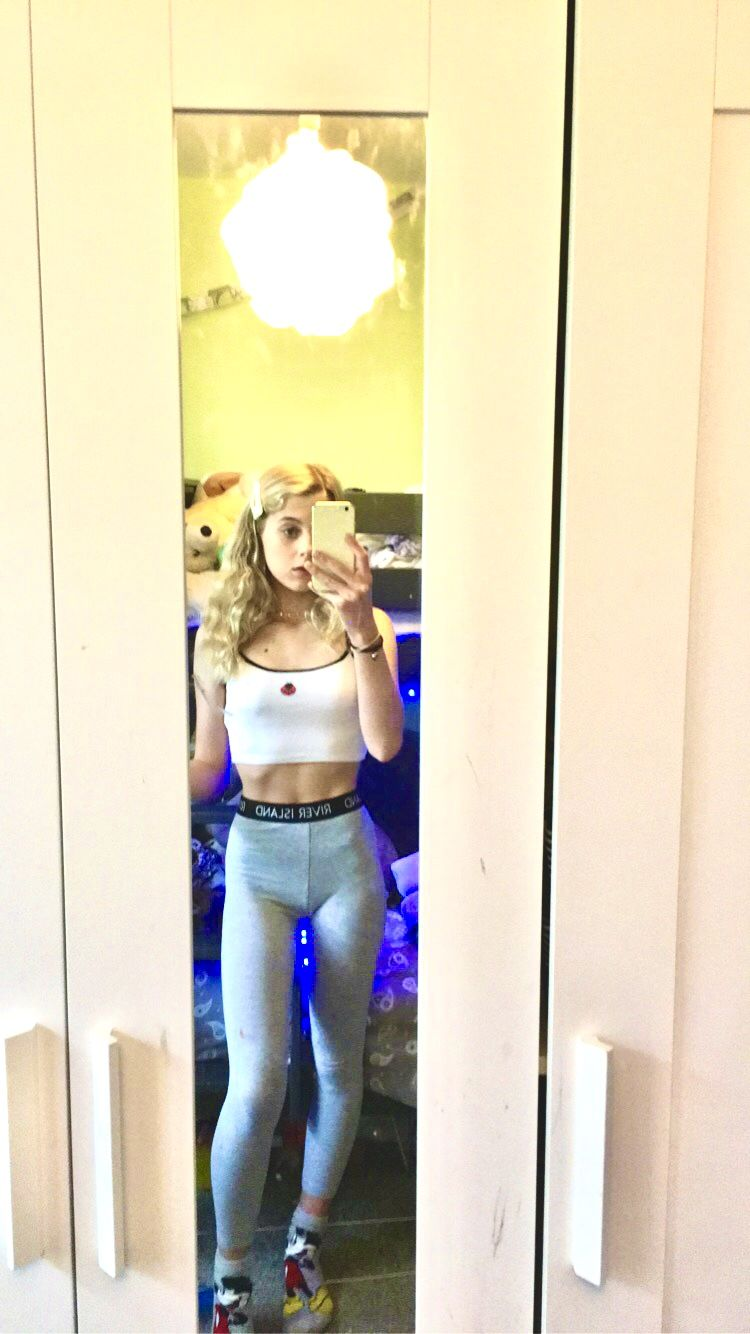 Been doing gym at home recently, starting to see progress in my toning up🏋️‍♀️ #gym #workingout #fit...