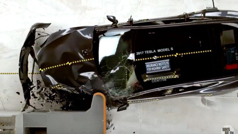 Tesla Model S Fails To Ace Iihs Crash Test Tesla Model S Tesla