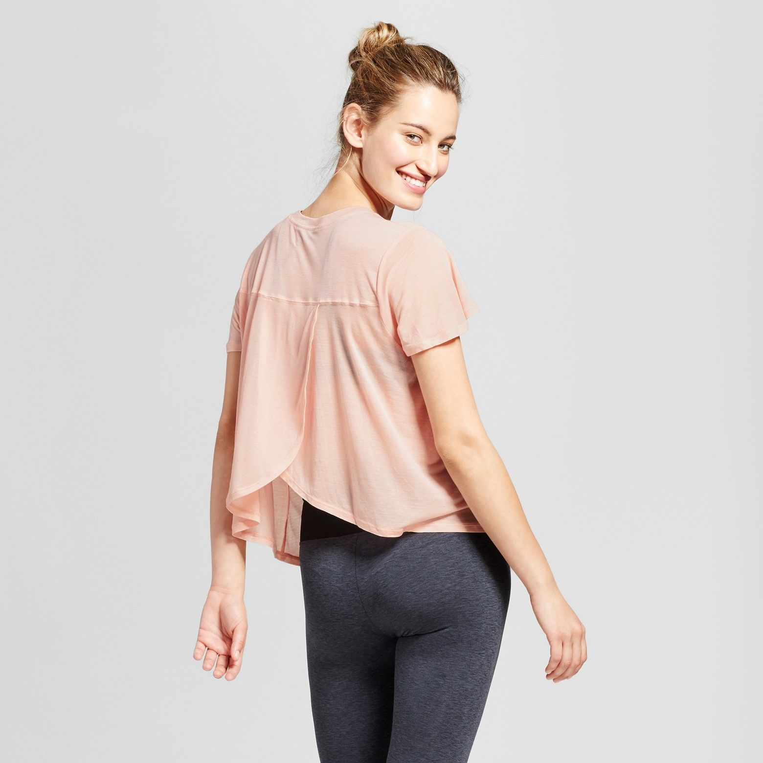 Every collection of workout clothes needs core layering pieces like