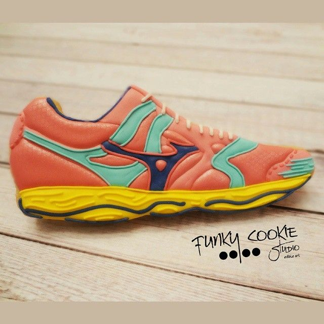 Running Shoes Cookie // FCS