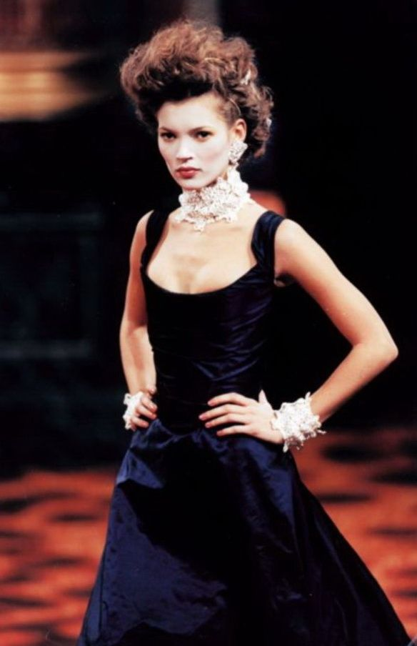 Vivienne Westwood 90s ¬ Kate Moss (Runway/Catwalk & Backstage)