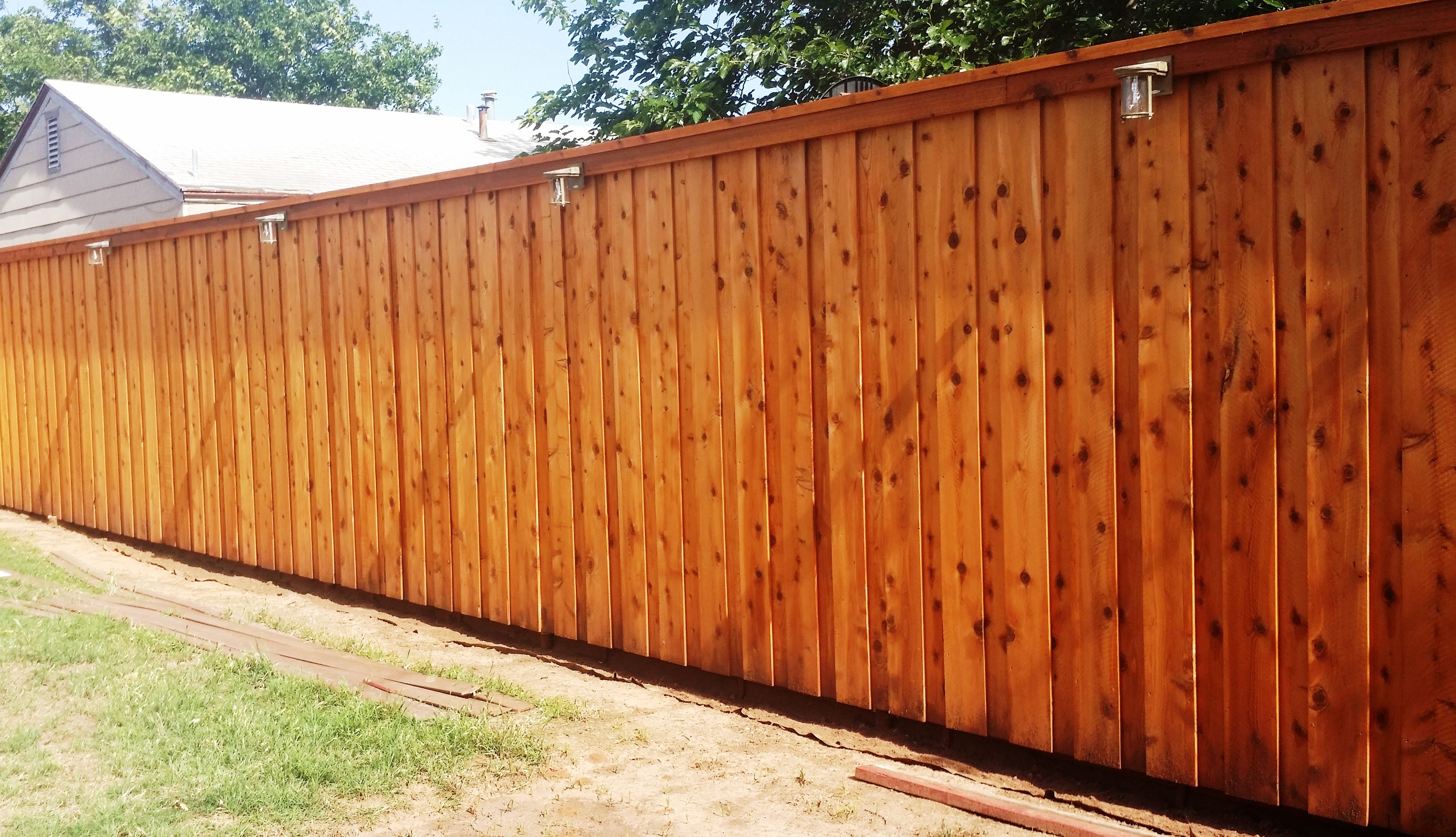 We Love Wood Defender Cedar Tone Fence Stain It Looks Amazing On Our 1 X8 X8 1 Grade Cedar Fence Board On Board With A Cap Cedar Fence Fence Fence Stain