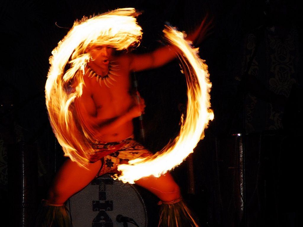 Fire Dance Hawaii Surf Hawaiian Holidays Fire Dancer