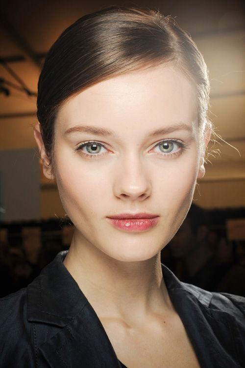 #modelle#moda    New Faces: Sono i volti nuovi delle modelle che hanno popolato di freschezza le passerelle....    http://www.zoemagazine.net/magazine/moda/modelle/item/1500-modelle-haute-couture-primavera/estate-2013.html