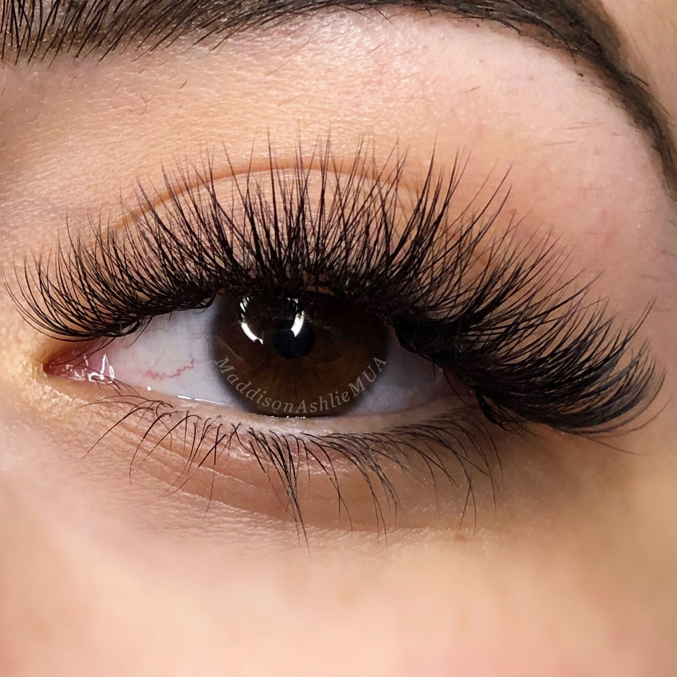 long thick false eyelashes howlongdoesaneyelashliftlast