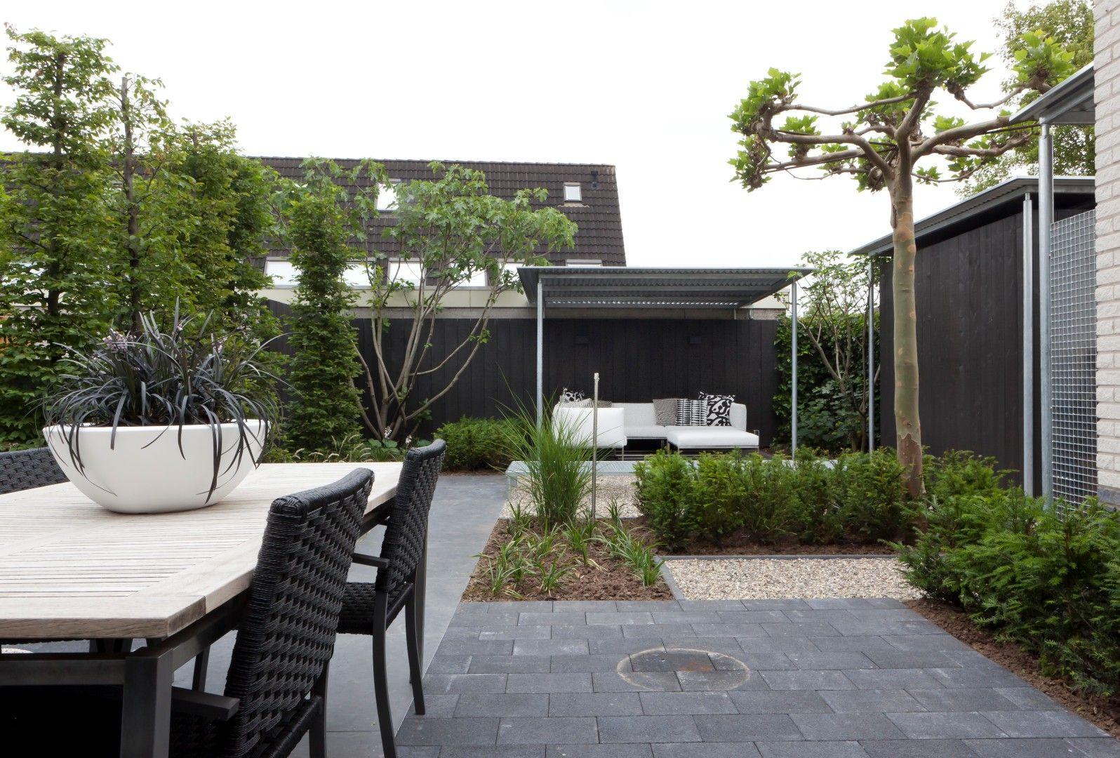 Kleine moderne tuin hoekwoning landscape exterior for Moderne kleine tuin