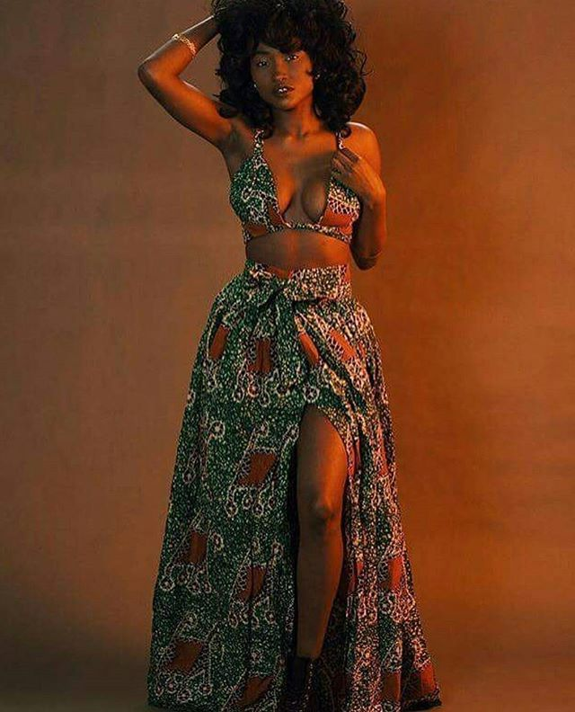 Morning  #melanin #africanweddings #ankara #asoebi #africanfashion #africanprints #blackwomen #africanwomen #melaninpoppin #naturalhair #4chair #headwrap #photography #photoshoot #boxbraids #protectivehairstyles